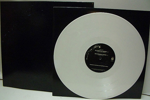 Metallica S Black Album On White Vinyl Gets The Green