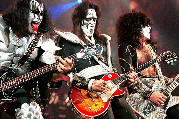 Gene Simmons - Two New Never Before Recorded Songs