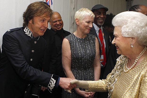 Paul McCartney-Queen Elizabeth
