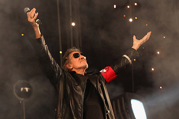 roger waters plans new solo album live dvd from wall tour. Black Bedroom Furniture Sets. Home Design Ideas
