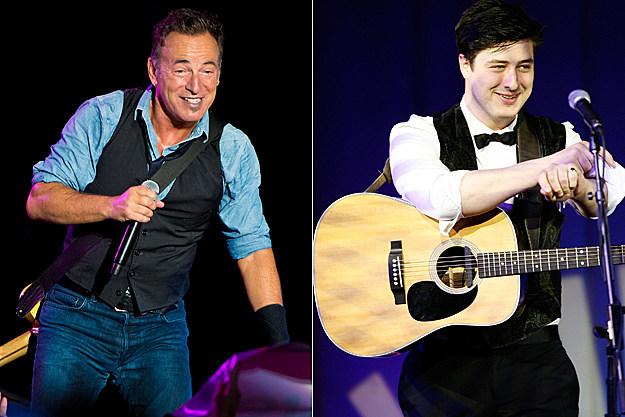 http://wac.450f.edgecastcdn.net/80450F/ultimateclassicrock.com/files/2012/09/Bruce-Springsteen-Marcus-Mumford.jpg