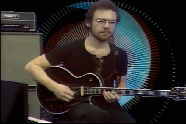 Robert Fripp On Meeting Jimi Hendrix - YouTube
