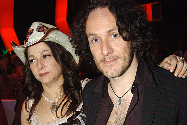 Julie and Vivian Campbell