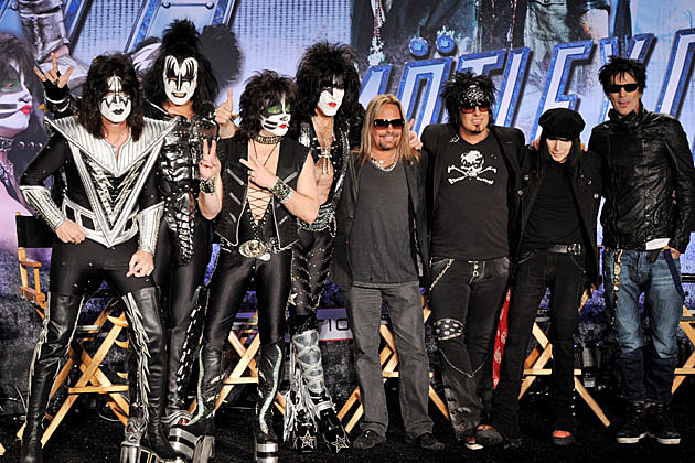 Tommy lee no longer participating in motley crue meet and greets m4hsunfo