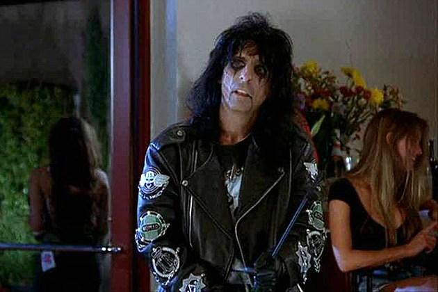 Alice Cooper S Stolen Wayne S World Jacket Returned