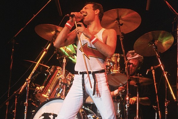 Queen Releasing Expanded 'Live at the Bowl'