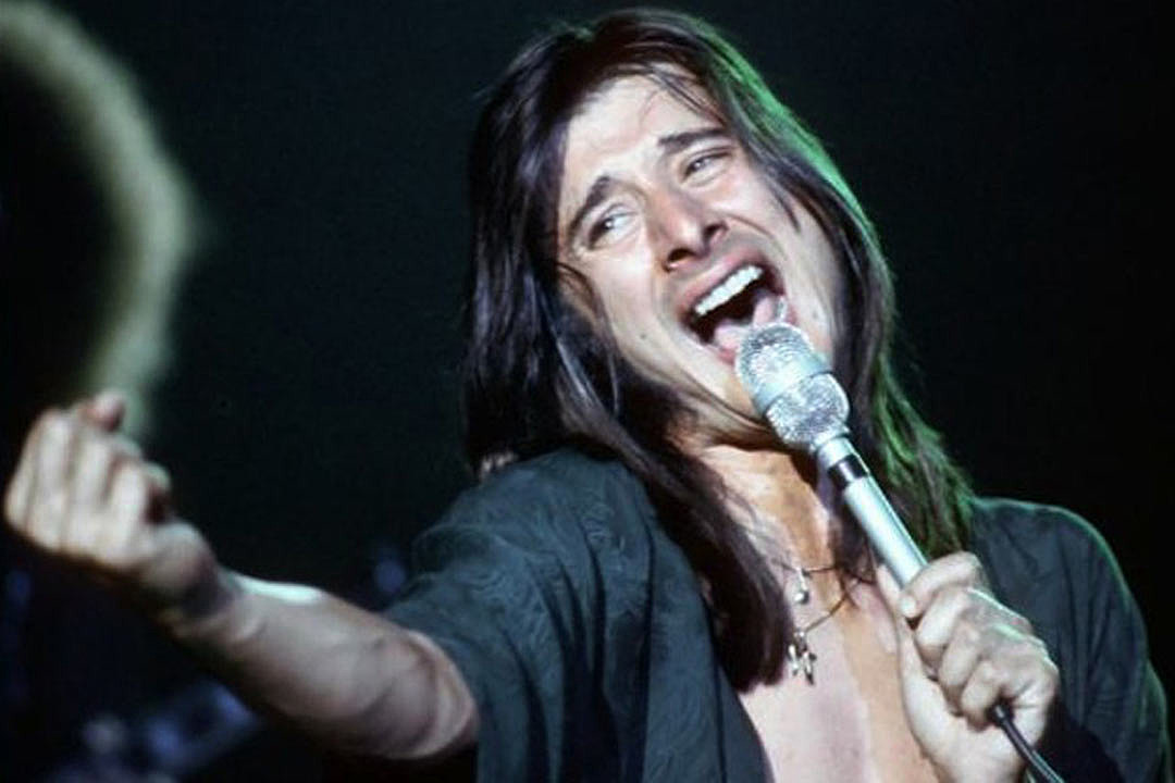 Steve Perry Will Reportedly Attend Journey