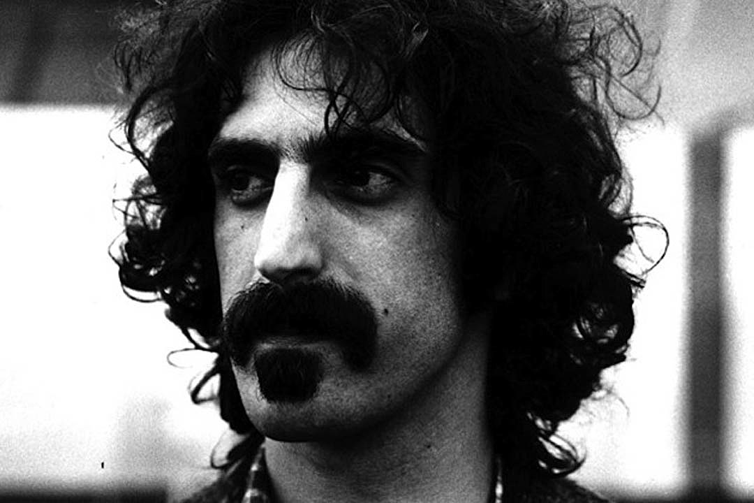 Frank Zappa's Hologram Is Going on Tour. Vai, Colaiuta & More Confirm Involvement