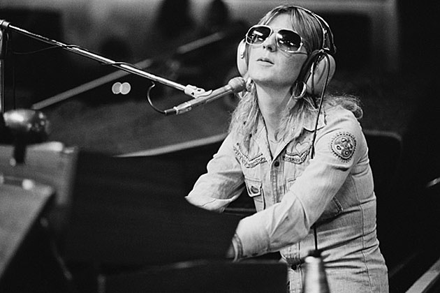 top 10 christine mcvie fleetwood mac songs. Black Bedroom Furniture Sets. Home Design Ideas