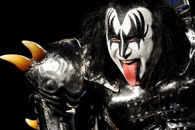 Gene Simmons To Sing National Anthem At Nfl London Game