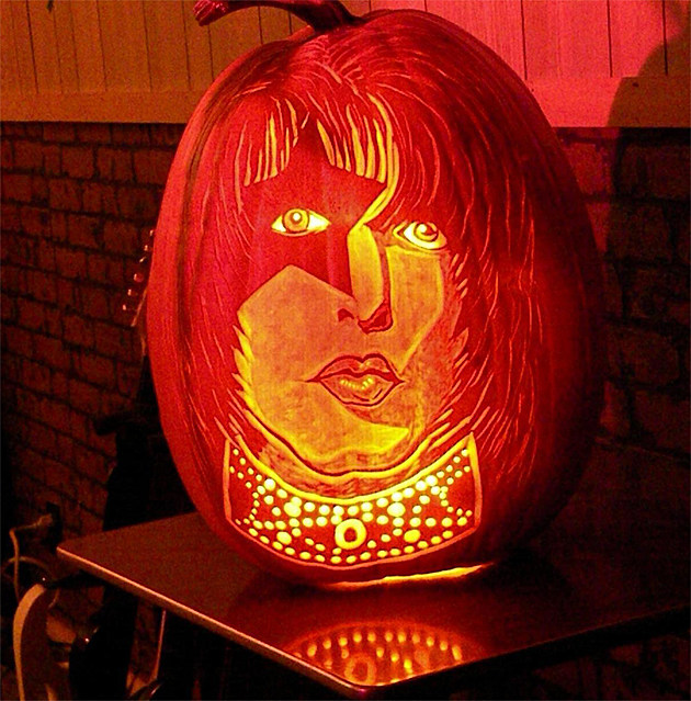 Kiss Pumpkin
