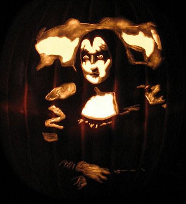 Kiss Mona Lisa Pumpkin