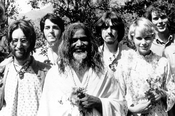 beatles meet the maharishi