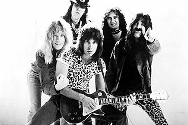 revisiting one of rock 39 s greatest movies 39 this is spinal tap 39. Black Bedroom Furniture Sets. Home Design Ideas