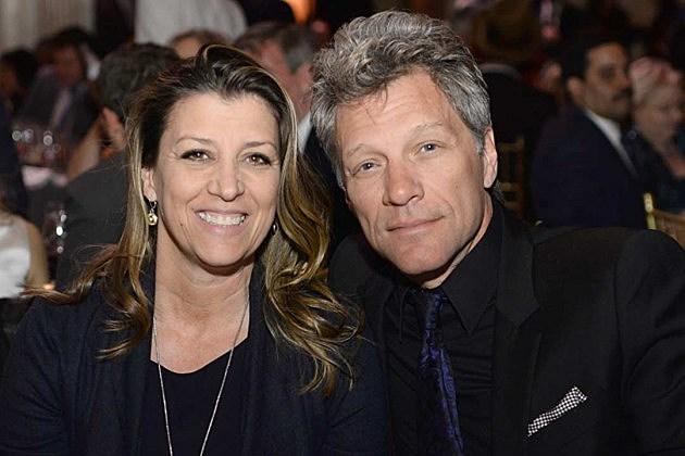 26 Years Ago Jon Bon Jovi Marries Dorothea Hurley In Las Vegas