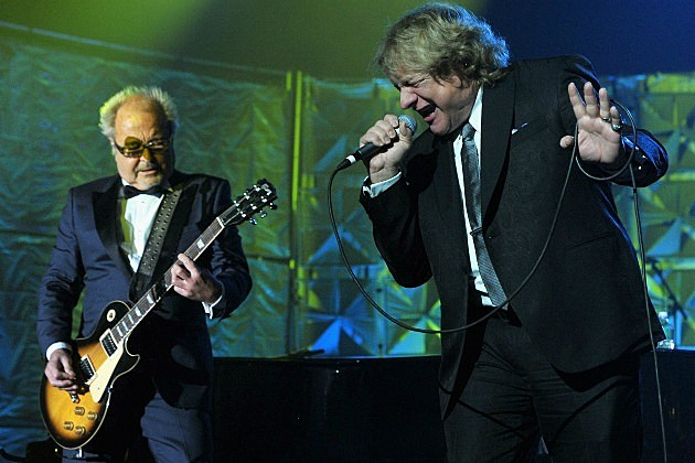 Mick Jones and Lou Gramm