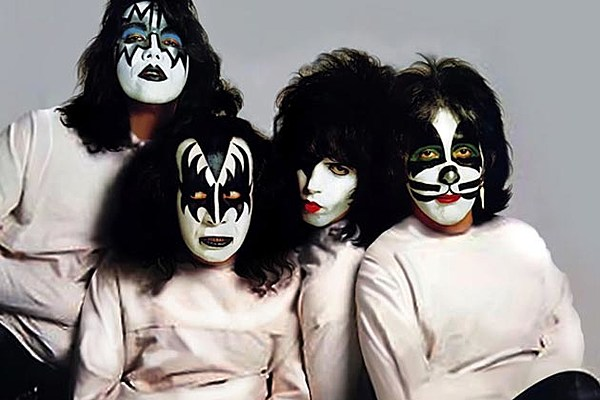 Dynasty No More When The Wheels Came Off The Kiss Empire