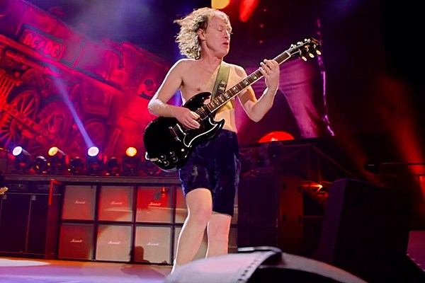 ac dc announce first 2015 live dates. Black Bedroom Furniture Sets. Home Design Ideas