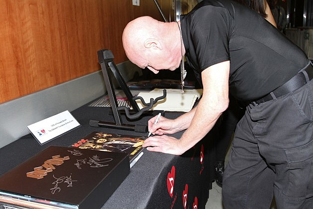 Chris Slade Photographed With Ac Dc At Grammy Event