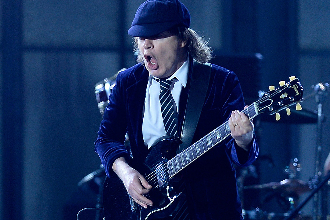 Top 10 Angus Young Guitar Solos