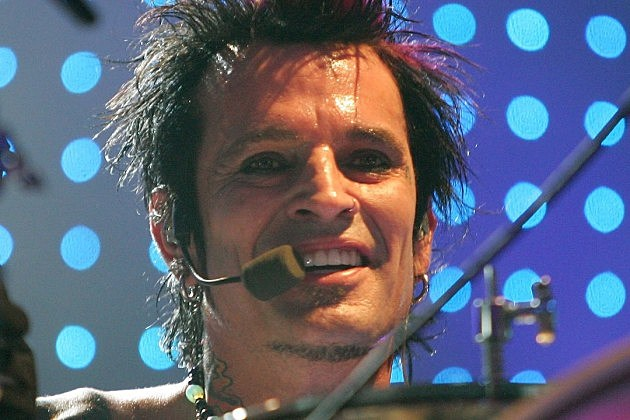 Tommy Lee Says Alice Cooper Is Welcome to Kill Motley Crue