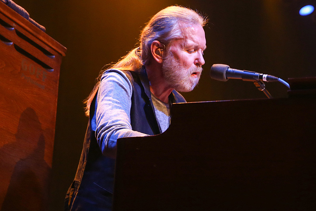Gregg Allman Issues Note After Manager Denies Hospice Report