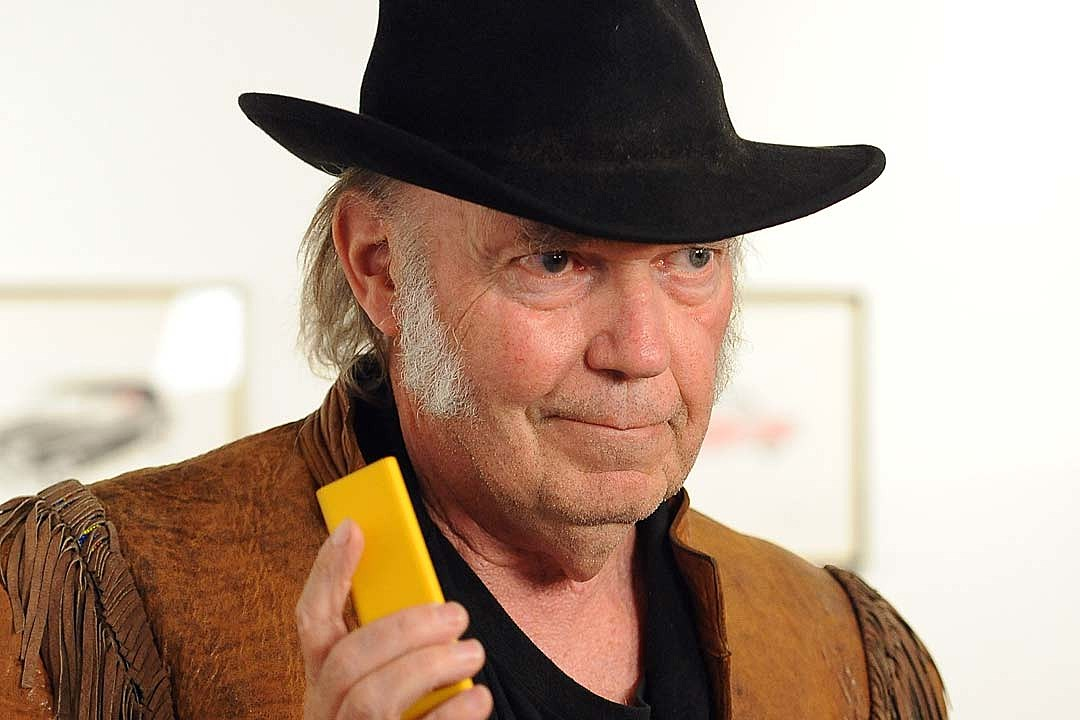 Neil Young Announces New Hi-Res Audio Streaming Service
