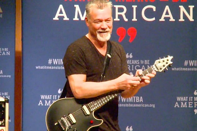 World' s best guitarist, Eddie Van Halen - YouTube