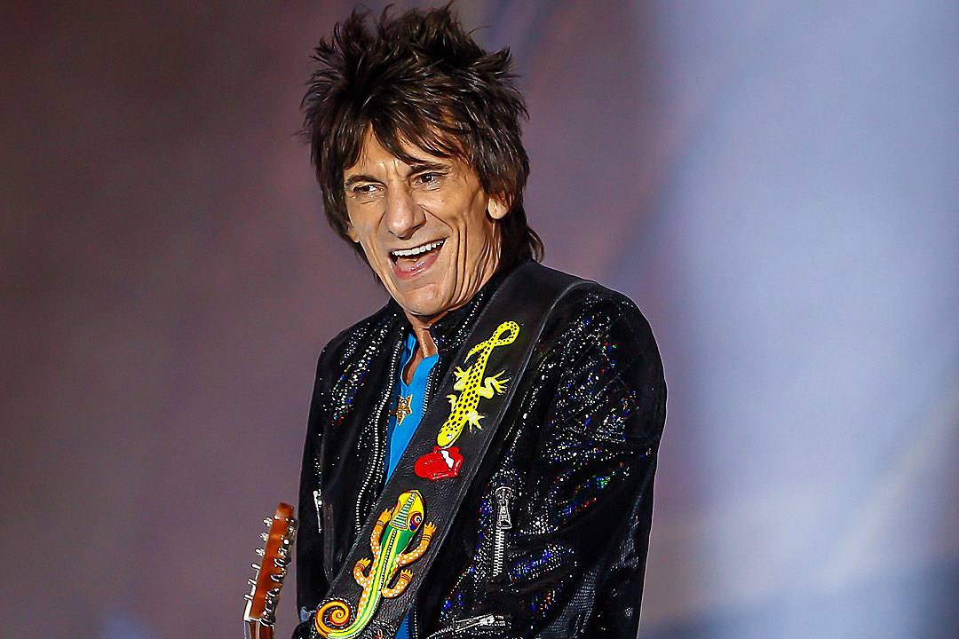 Ronnie Wood Recovering After Surgery
