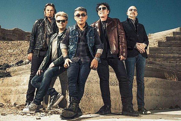 neal schon plans to shake up journey 39 s set list for summer tour 39 people want to see the jams 39. Black Bedroom Furniture Sets. Home Design Ideas