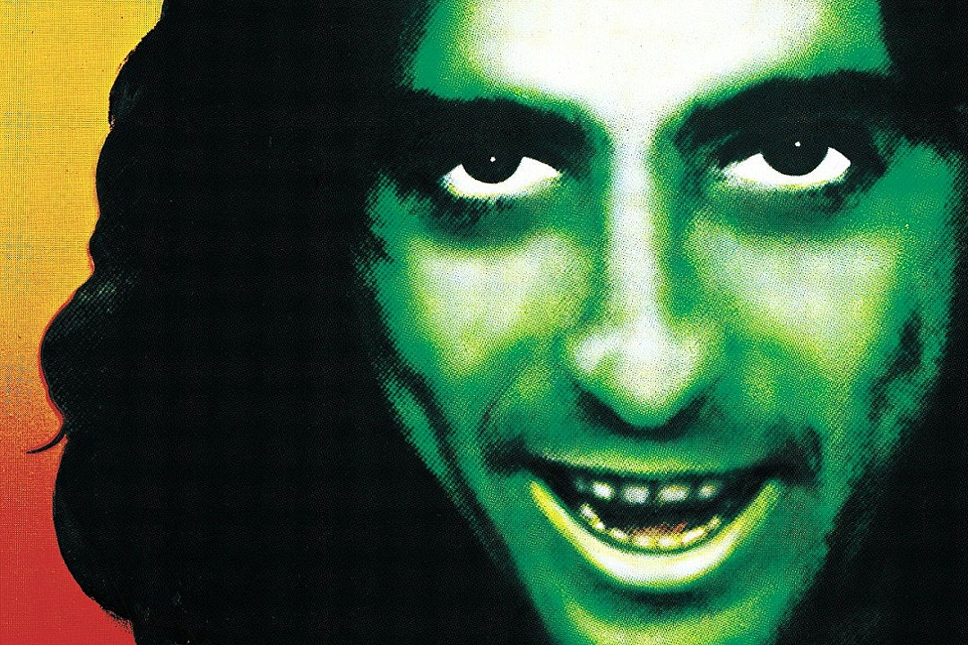 40 Years Ago: Alice Cooper 'Goes to Hell'