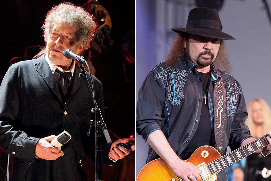 Watch Bob Dylan Perform Lynyrd Skynyrds Free Bird