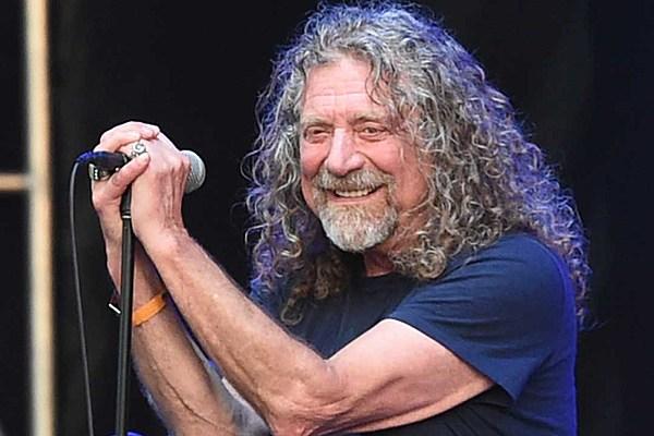 Robert Plant Takes Sta...