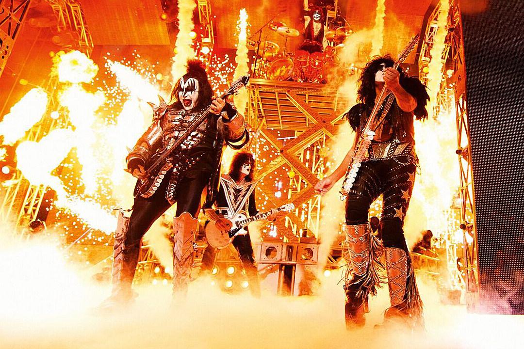 'Kiss Rocks Vegas': Video Review