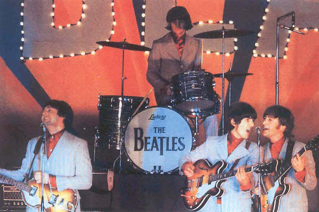 The Beatles Polska: [Pytania do Paula] Co najbardziej zapamiętałeś z występu w Budokan razem z Beatlesami?