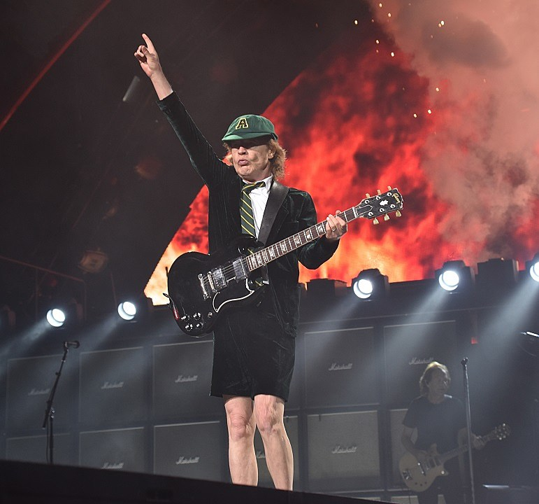 AC/DC Play Last 'Rock or Bust' Show in Philadelphia: Photos, Set List, Review