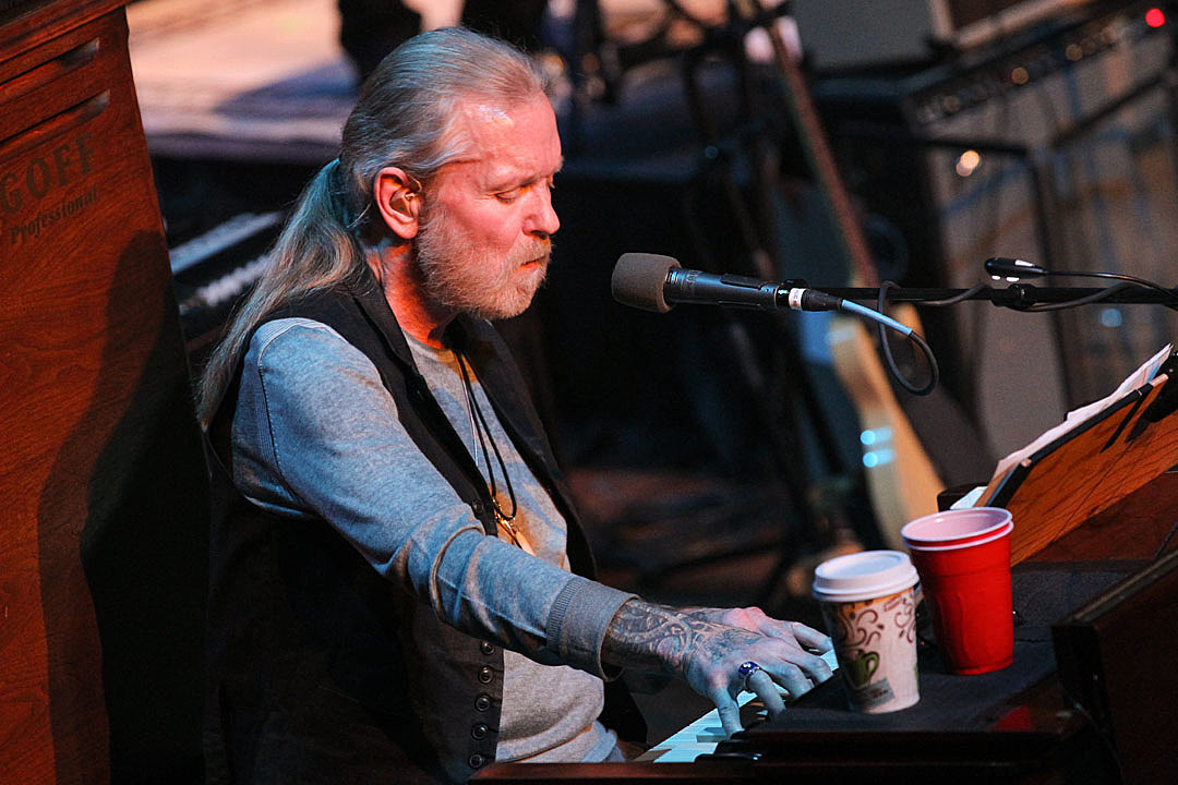 Gregg Allman's Collaborators and Loved Ones Reflect on His Final Days