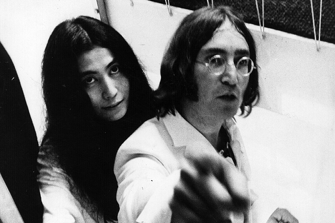 50 Years Ago John Lennon Meets Yoko Ono