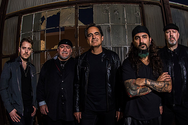 Drawing Lines Band : Watch the neal morse band play draw line with mike
