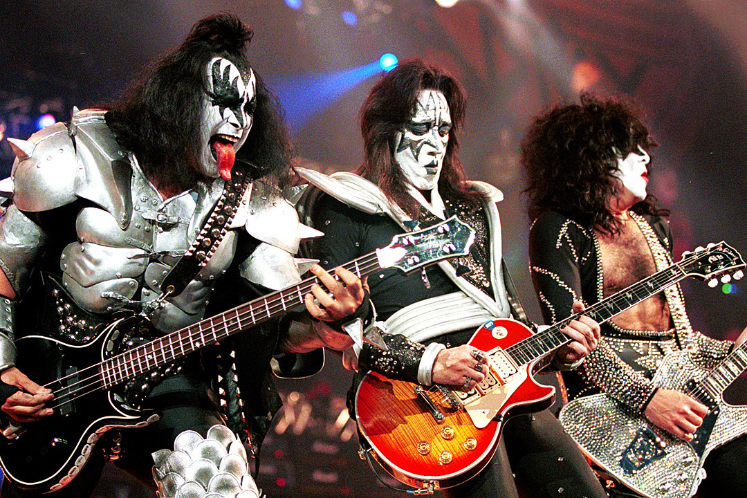 Ace Frehley Addresses Kiss Reunion Speculation: '2017 Seems Like a Ripe Year'