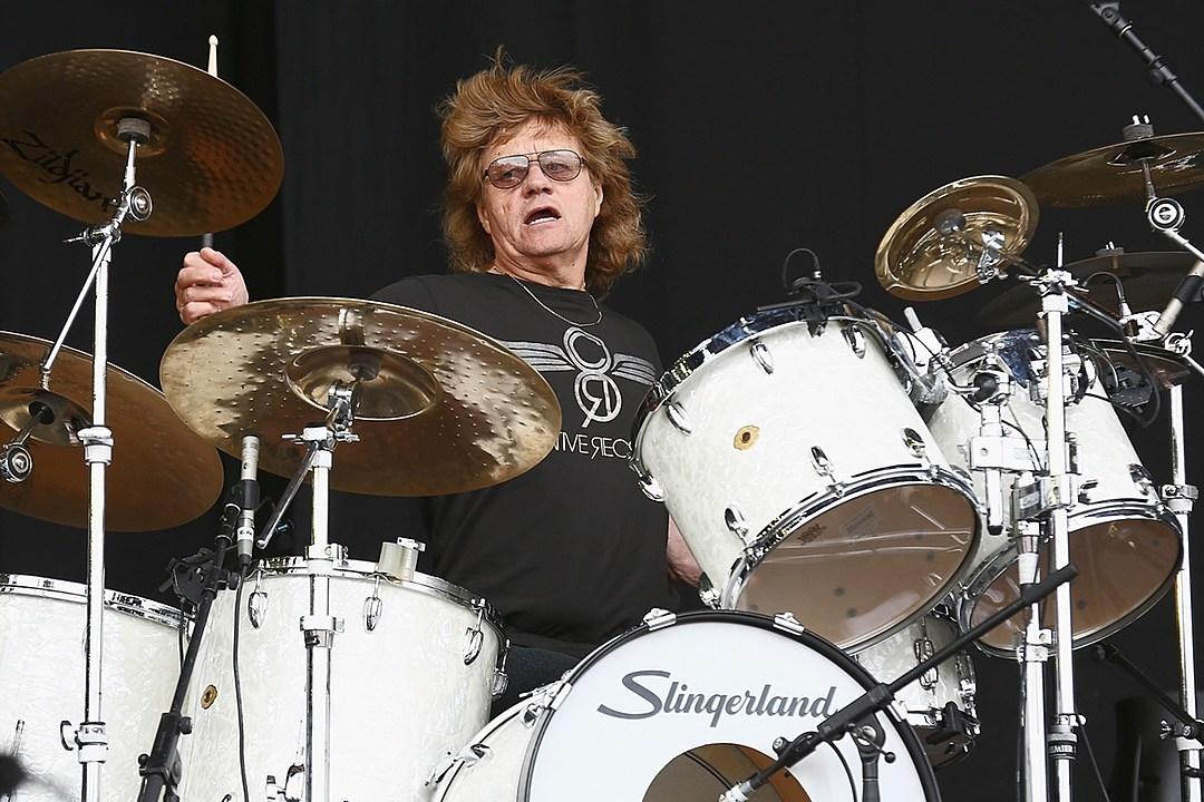 Ex-ELO Drummer Bev Bevan Won