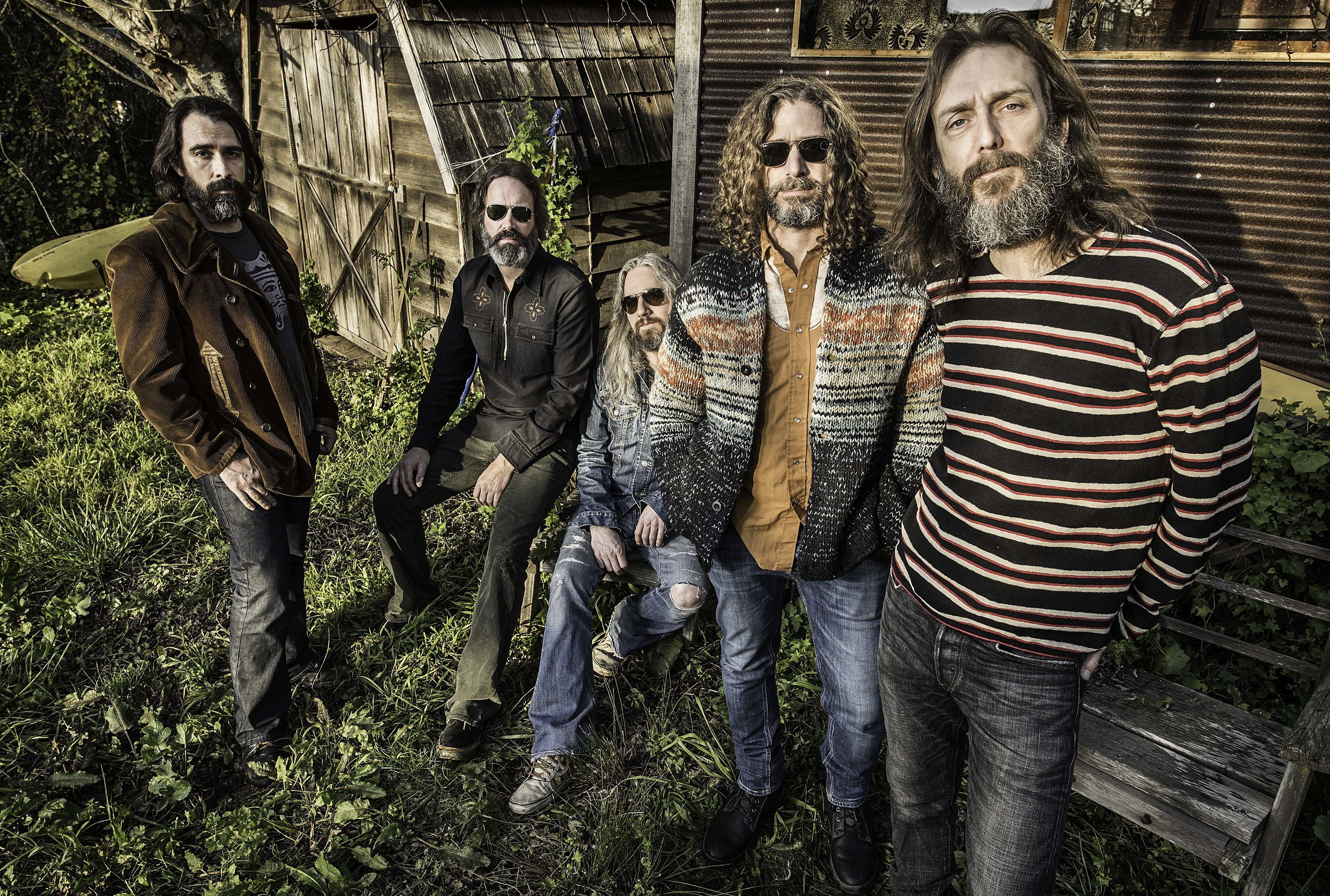 Listen to Chris Robinson Brotherhood