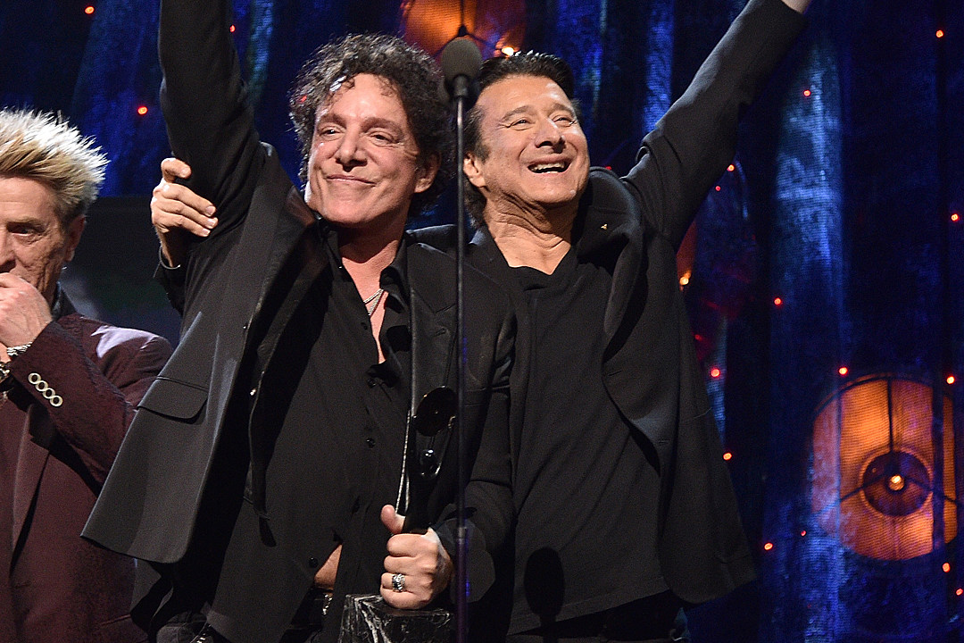 Journey Thank Fans for