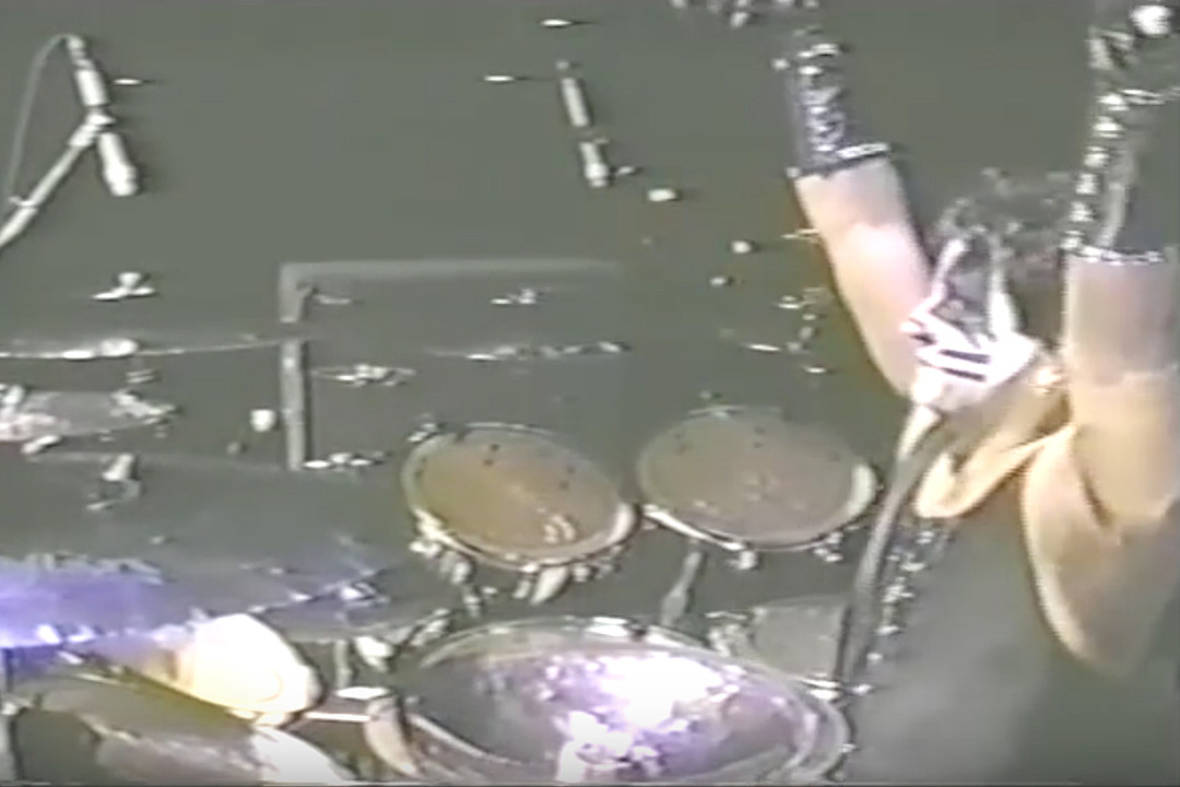 20 Years Ago: Ed Kanon Replaces Peter Criss in Kiss for One Night