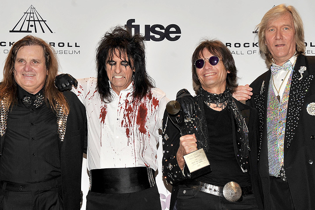 Alice Cooper to Reunite With Original Bandmates for One Night Only