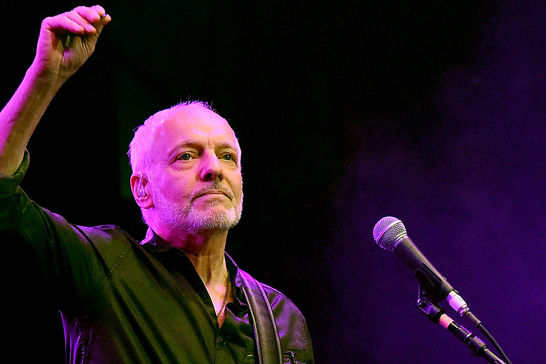 Peter Frampton Reportedly Stops Show After Video Incident [UPDATED]