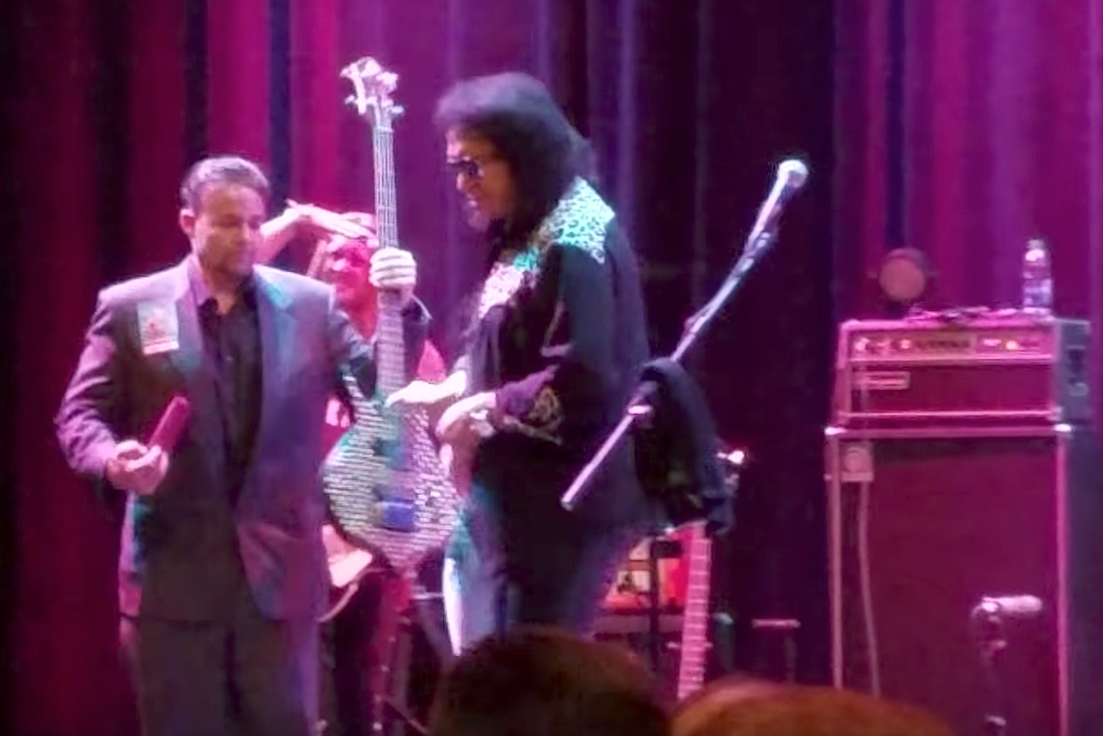 Watch Gene Simmons Go Into the Crowd to Confront a Heckler
