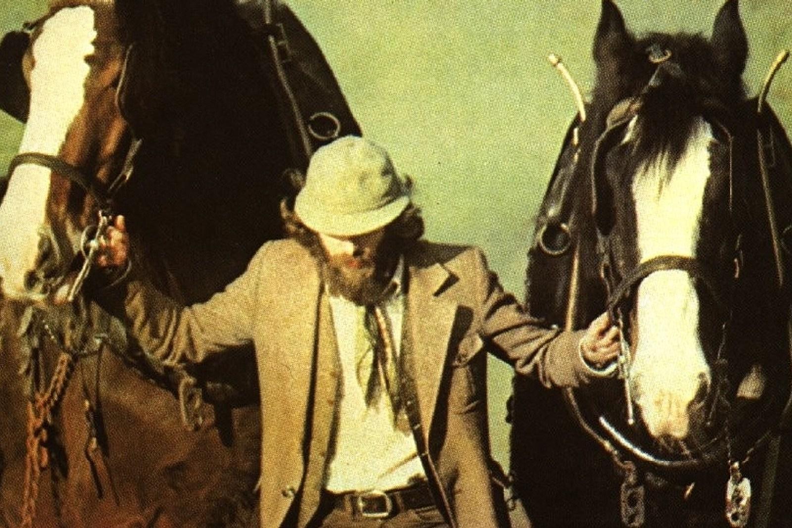 Jethro Tull Announce 40th-Anniversary 'Heavy Horses' Reissue