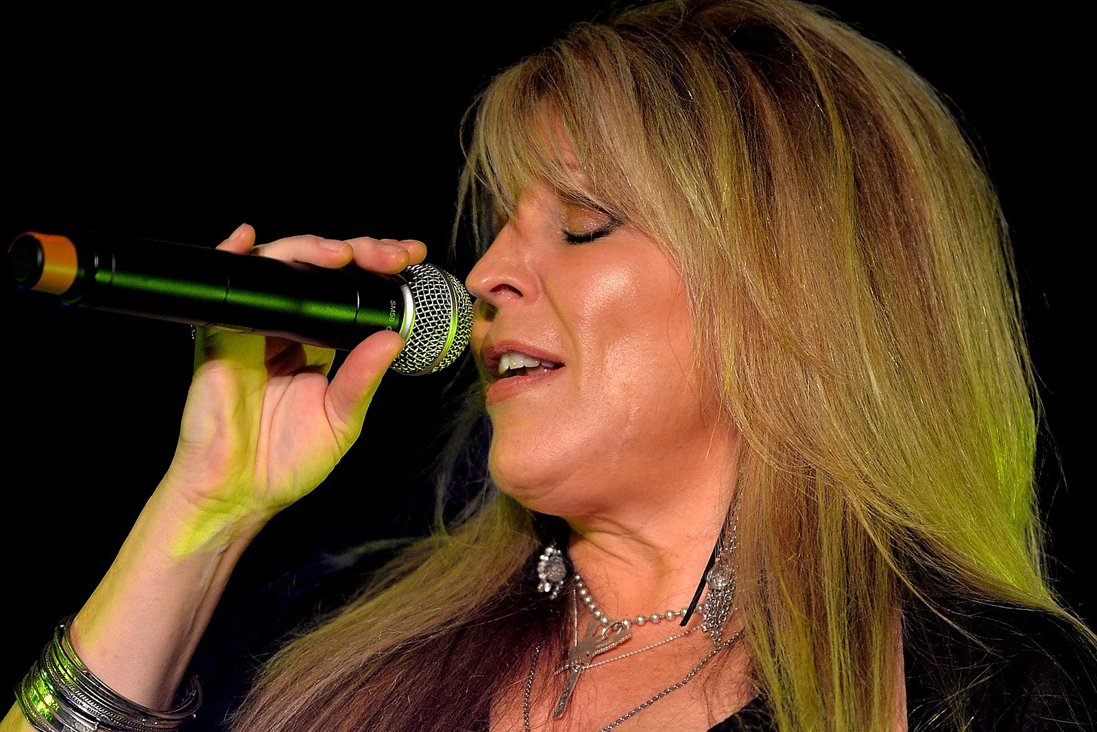 Vixen Singer Janet Gardner Recovering After Emergency Brain Surgery