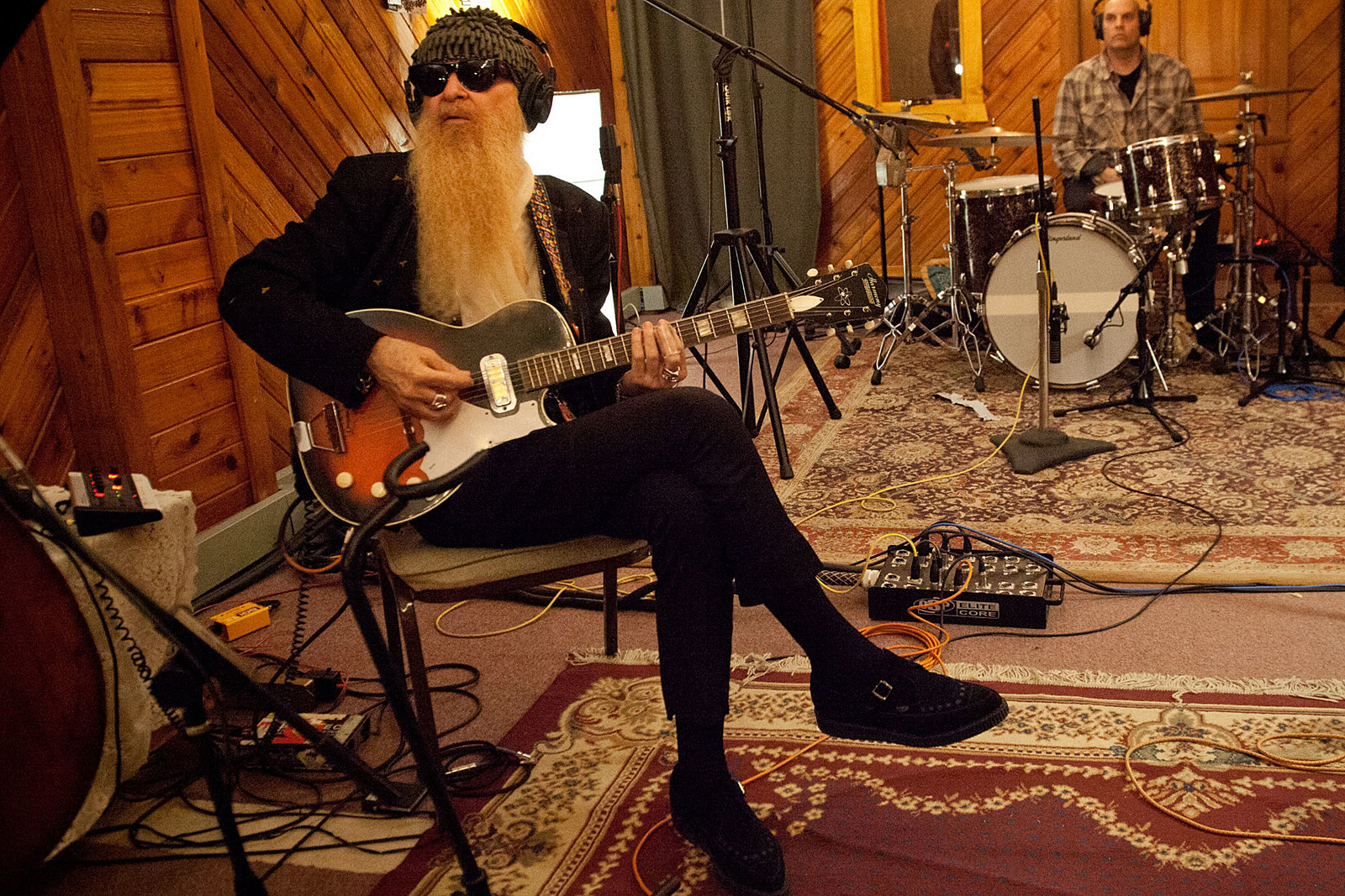 Hear Billy Gibbons and Warren Haynes Cover Elmore James' 'Mean Mistreatin' Mama': Exclusive Premiere